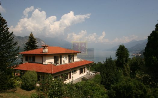 Villa con vista a Bellagio