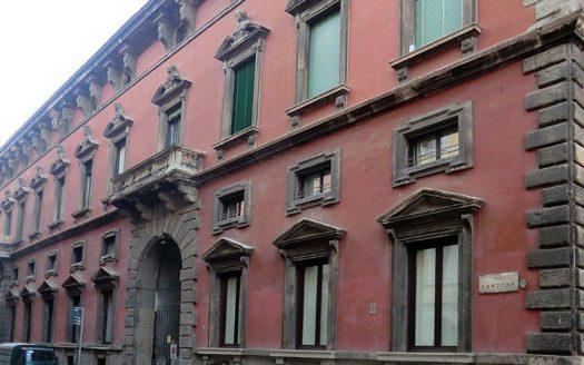 Appartamento in affitto Milano via Lanzone