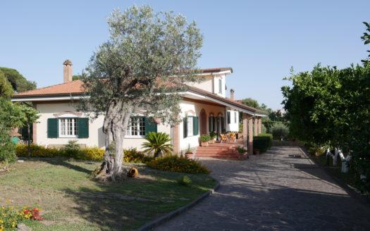vendita villa portici