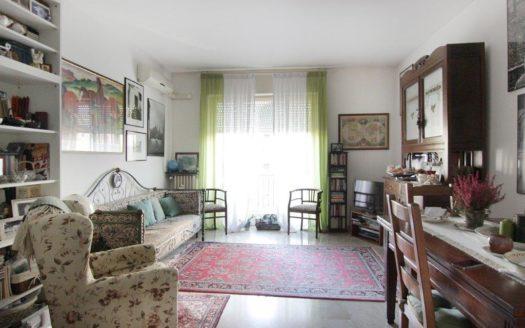 Appartamento in affitto Milano via Bergognone