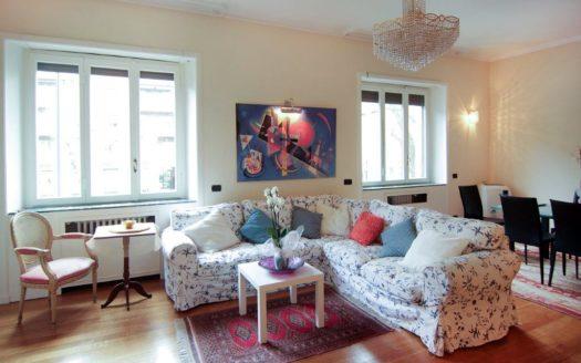 Appartamento in vendita Milano via Beatrice d'Este