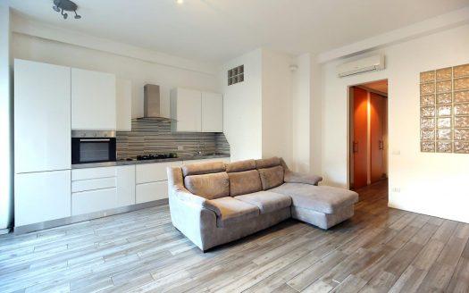 Appartamento in affitto Milano via Vittor Pisani