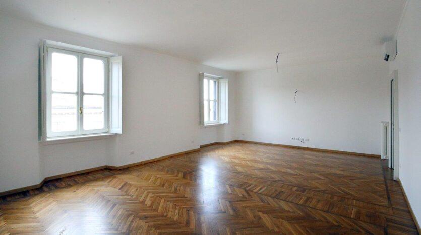 Apartment for rent Milano via Caradosso