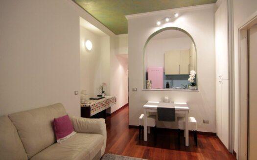 Bilocale in affitto Milano via Quadrio