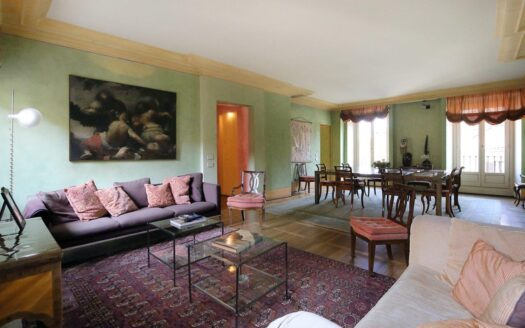 Apartment for rent Milano via Valpetrosa