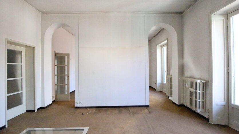 Appartamento in vendita Milano via Sottocorno