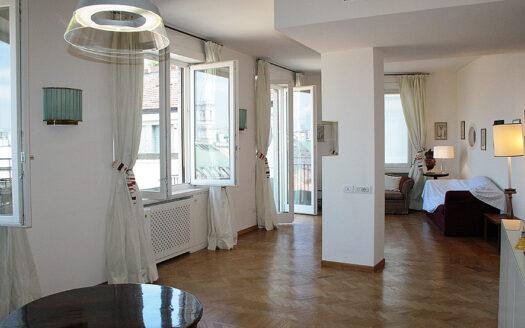 Appartamento in affitto Milano via Santa Maria Valle