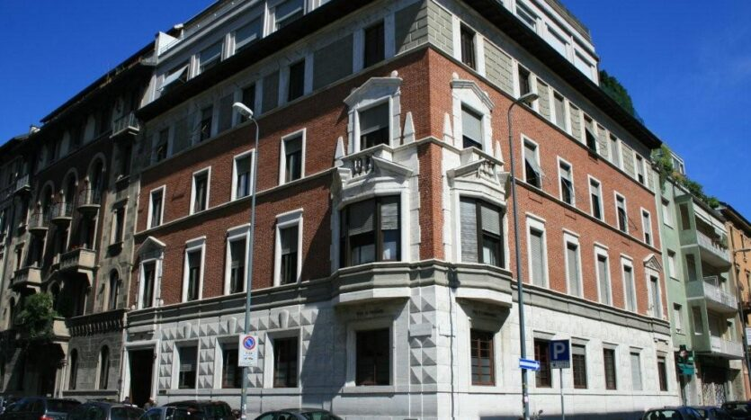 Office for rent Milano via Vasari